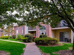 Creekside Square Apartments