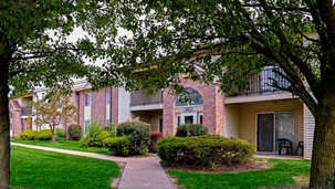 Creekside Square Apartments