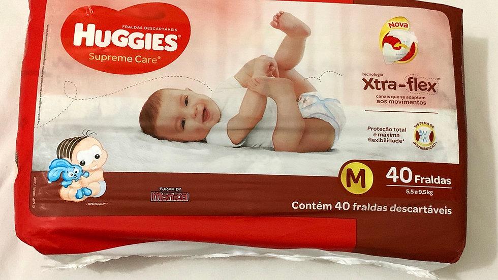 Pacote de fralda M Huggies com 40 fraldas