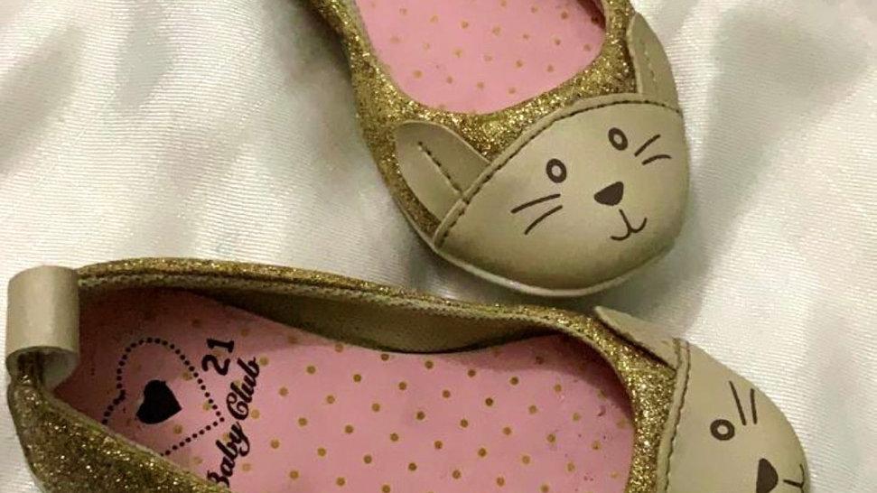 Sapatilha gatinha dourada