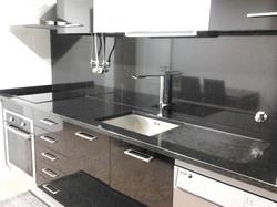 Cozinha Granito Zimbabwe com escorredor.jpg