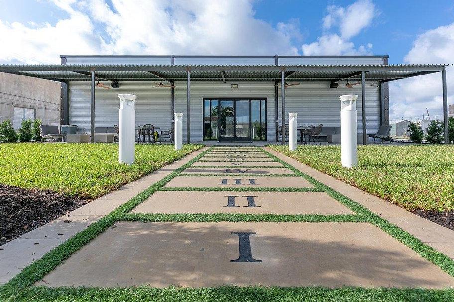 Back Porch - 12 Monument Stones - Lawn P