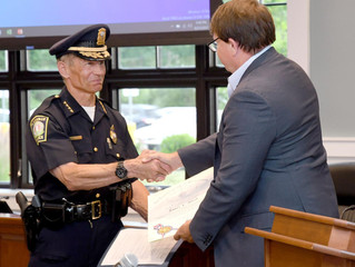 Plainville gives send-off to police chief who served with the department for nearly 40 years