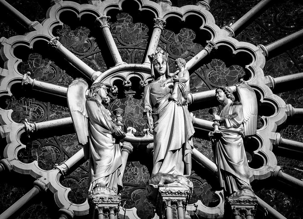Statues de la Vierge et de l'Enfant