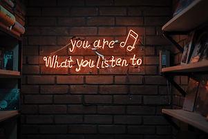 Music_mohammad-metri-421904.jpg