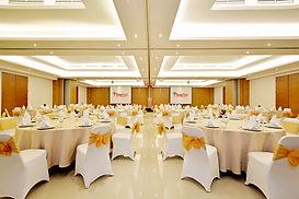 Ballroom 3.jpg