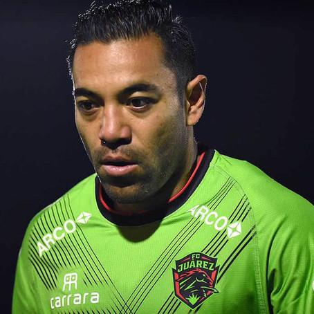 Marco Fabián vende saludos por Internet tras estar sin equipo