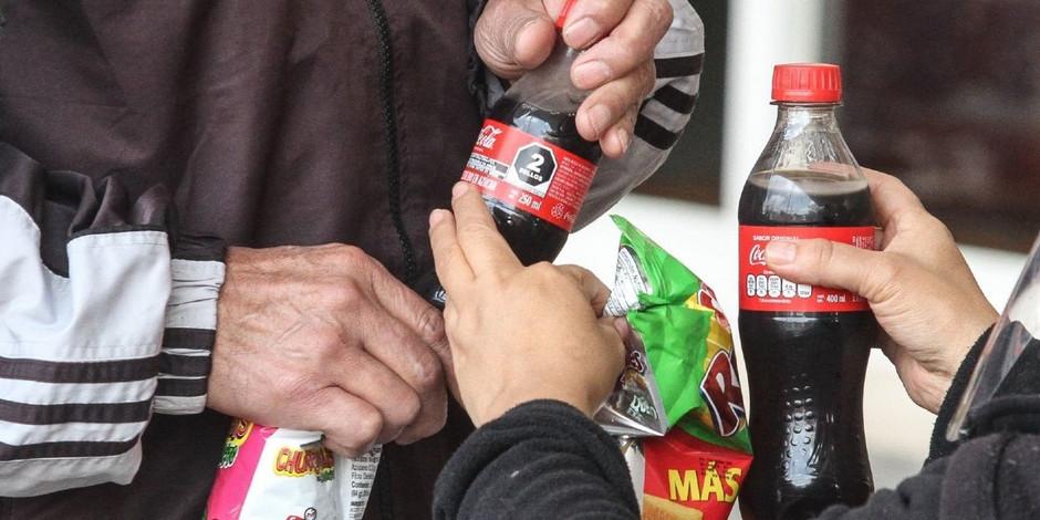 """Morena busca evitar venta de """"comida chatarra"""" en escuelas de CDMX"""