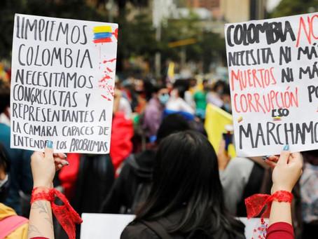 Colombia llama al diálogo político mientras las protestas continúan
