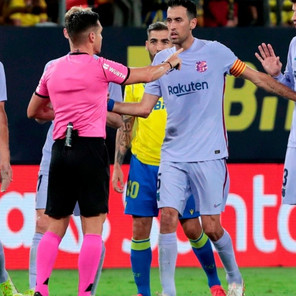 Barcelona no es capaz de superar al Cádiz y se aleja del Real Madrid