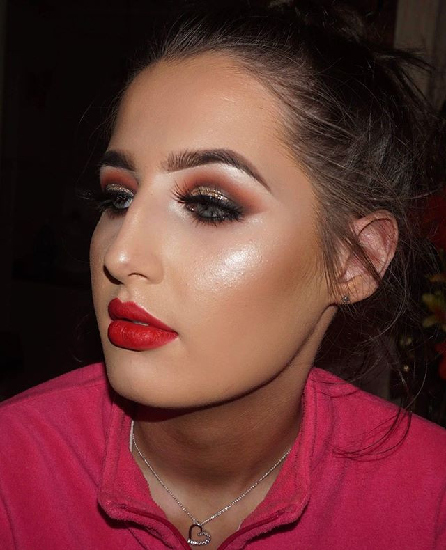 Glamour Makeup on this Beauty💄👑✨✨ Mess