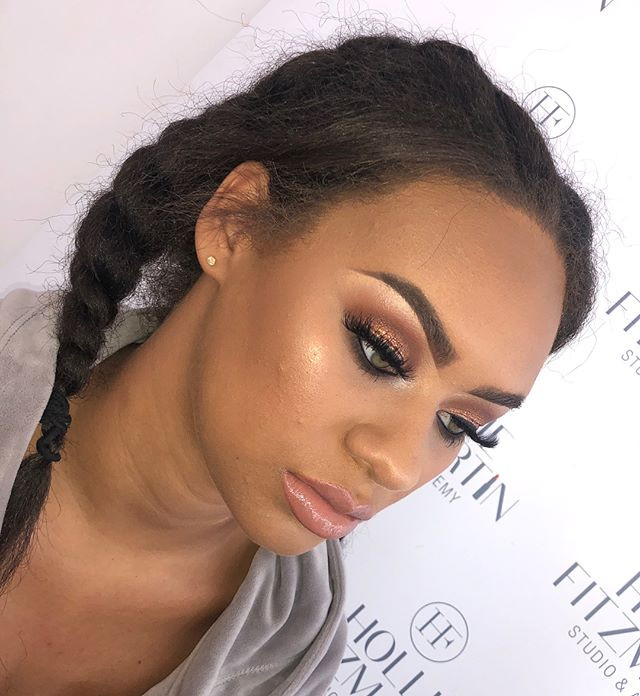 Bronzed Beauty ☀️☀️ Message to Book ✨✨✨