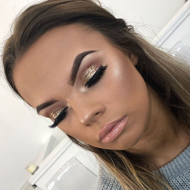 Bronzed Glowed and Glitter ✨The perfect