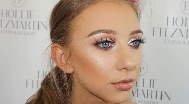 Soft Glam Glowing Makeup 🌟💫⭐️✨ ONLY 2P
