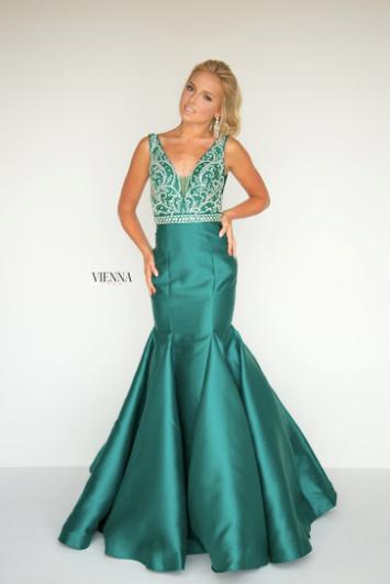 Vienna 8283 Emerald