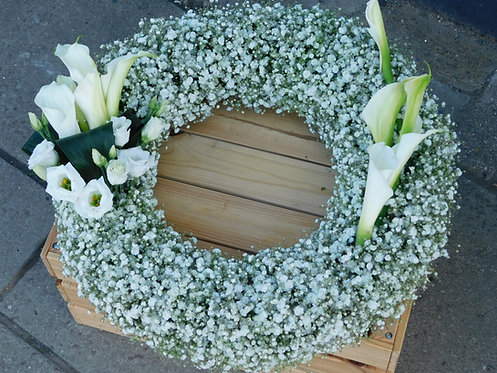 Gyp and Calla Lily Wreath