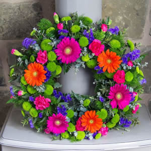 Vibrant Open Wreath