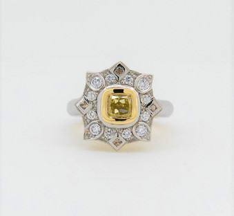 1.01ct Yellow Diamond Halo 1 (3).jpg