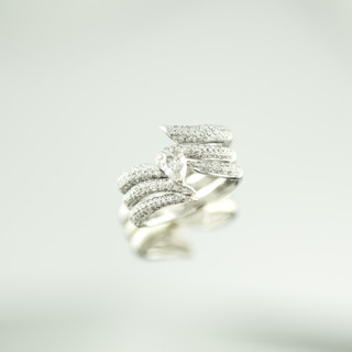 Sweep Pave diamond ring set.jpg
