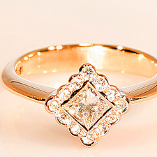 18ct Diamond Cluster .jpg