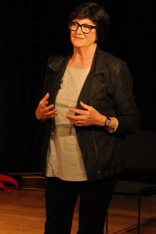 Dr Liz Rushen