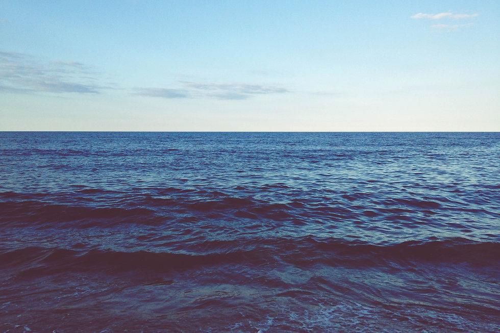 263482-a-dark-blue-choppy-ocean-stretchi