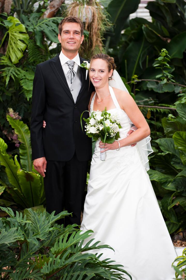 Bruidsfoto's in Vlindertuin Vlindorado