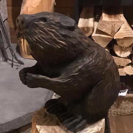 chainsaw carve beaver