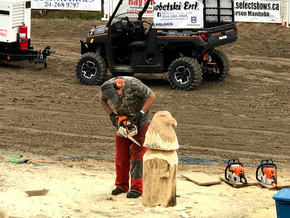 Chainsaw carving at the Brokenhead Agricultural Festival