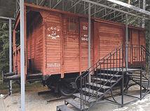 katyn wagon.jpg