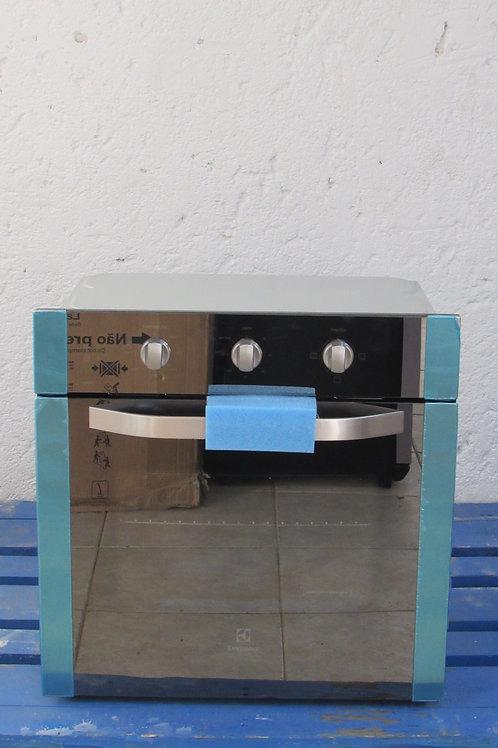 Forno de Embutir Elétrico Electrolux 80 Litros Modelo OE8MX