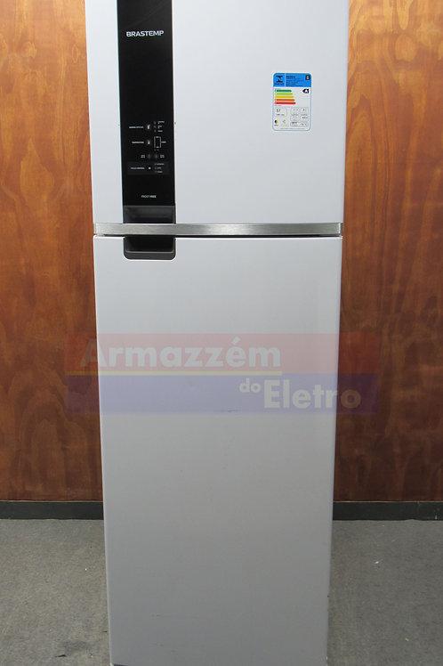 Geladeira Brastemp 400 Litros BRM54HB com Twist Ice e Freezer Control