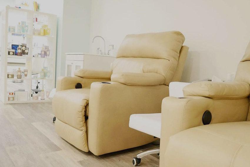 Cocoon_Chairs.jpg