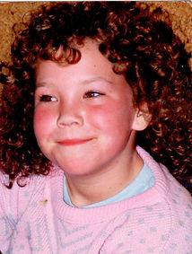 Sarah curly hair main page left.jpg