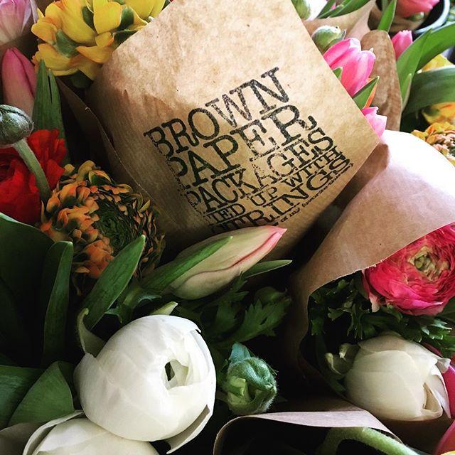 #brownpaper #packages #string #flowers #rannunculus #tulips #spring