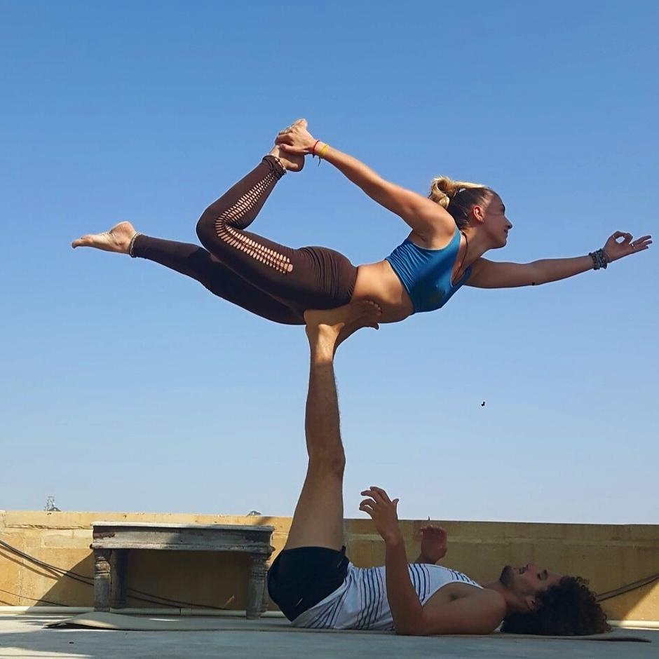 cours yoga avignon particulier acro