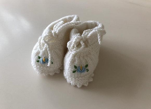 Crochet Baby Booties (Solid Colors)