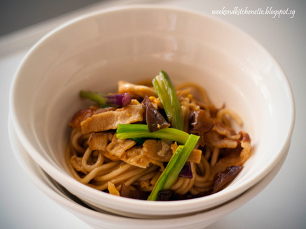Braised Noodles in Oyster Sauce