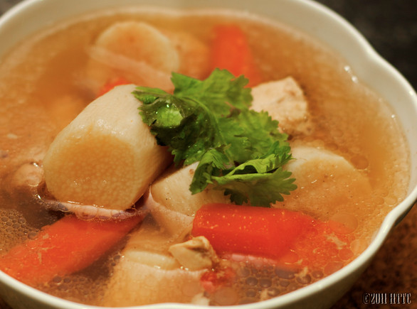 Hua Shan (Wild Yam) Chicken Soup