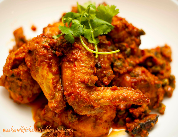 Fried Tumeric Chicken in Spicy Tomato Sauce
