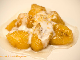 Sweet Bananas in Coconut Cream with Toasted Sesame seeds