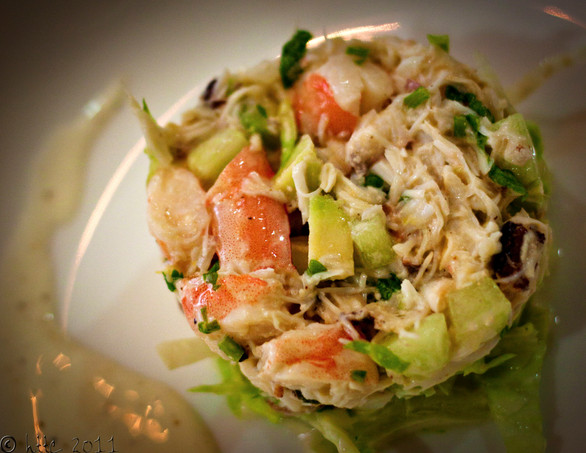 Coriander-Lemon Crab Prawn Salad with Avocado Bits