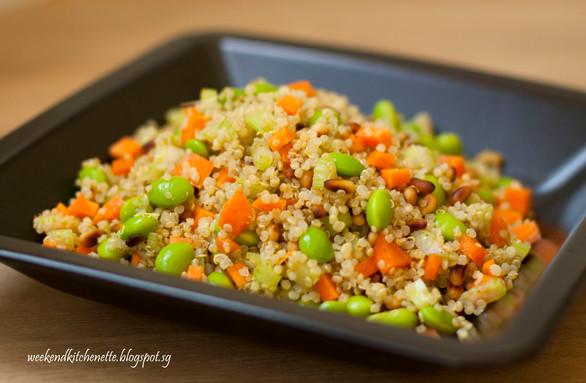 Healthy Quinoa and Edamame Salad
