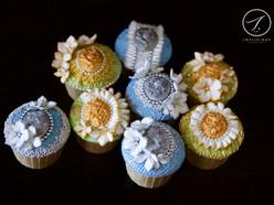 Vintage Gold & Silver Floral Brooch Cupcakes