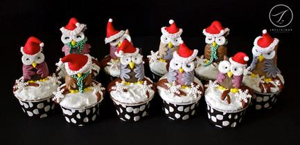 Santa Owl Cupcakes