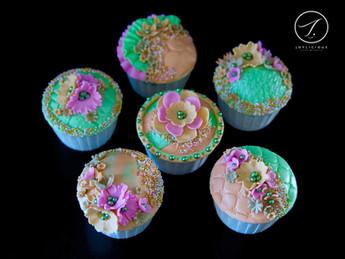 Mint & Peach Cupcakes
