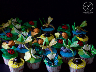 Bugs & Insects Cupcakes
