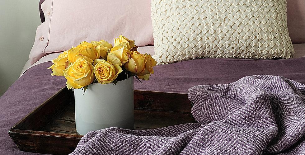premium cotton iris king sized throws blanket