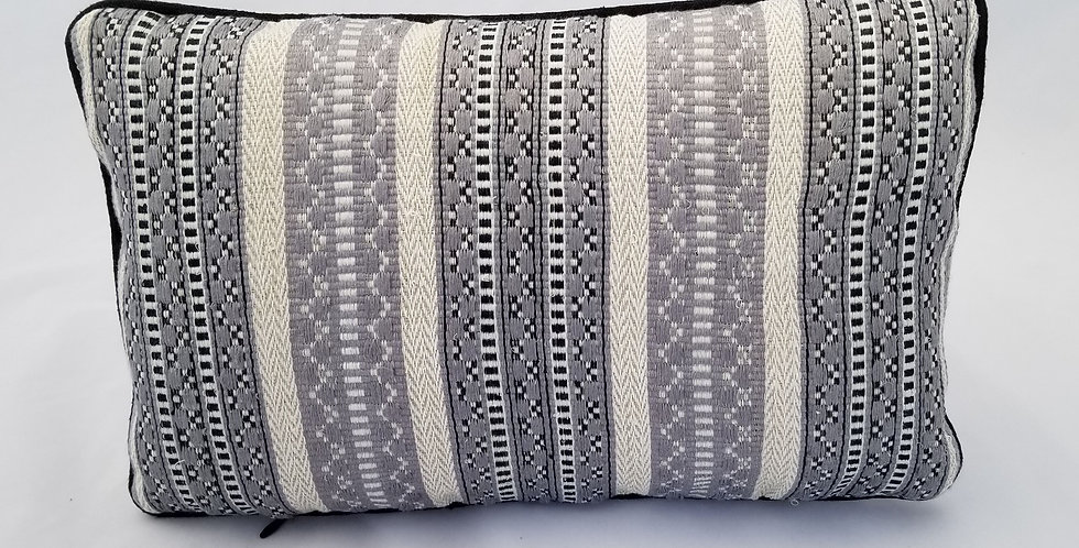 Hand woven luxury decorative pillows for sofa
