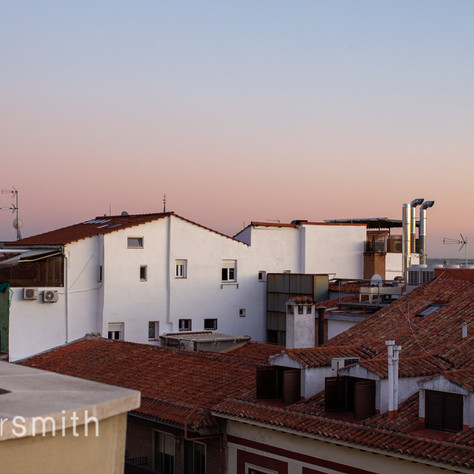 subtle shifts watching the sun set on the other side of the world (triptych 1/3), Madrid, 2019